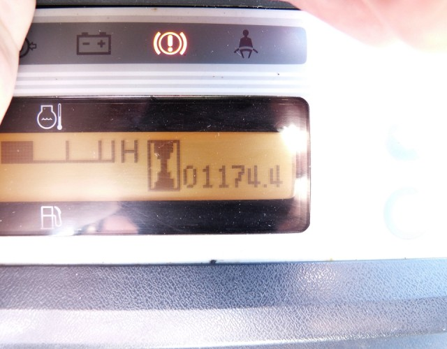 Nissan DX [694] Bild 05